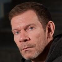 Игорь Ушаков