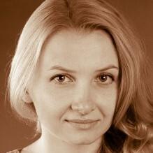 Елена Бакал