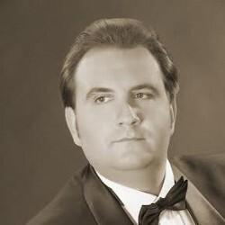Александр Маркеев