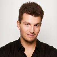 Борис Комаров