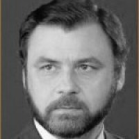Виталий Стариков