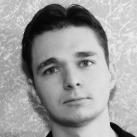 Артем Устинов