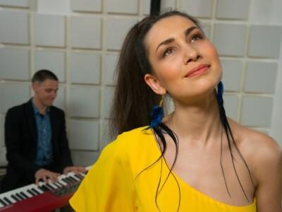 Анна Клесун и группа Esh