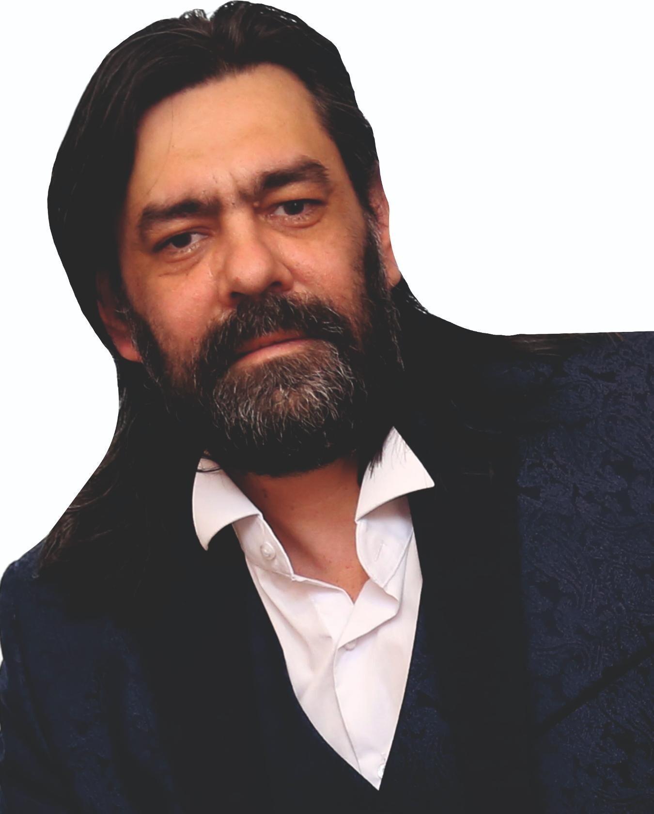 Роман Ронин
