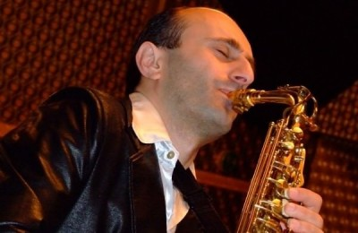 J.Seven Israel Romantic Sax