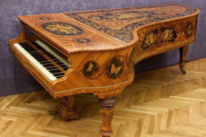 Танцевальная музыка трех столетий для фортепиано