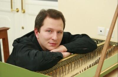 SOLO Юрий Мартынов(фортепиано)