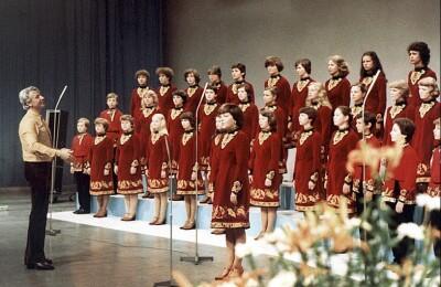 Большой детский хор им. В. Попова. Детский хор телевидения и радио С-Петербурга
