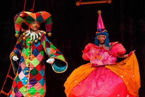 Цирк чудаков. Театр людей и кукол «Чудаки»