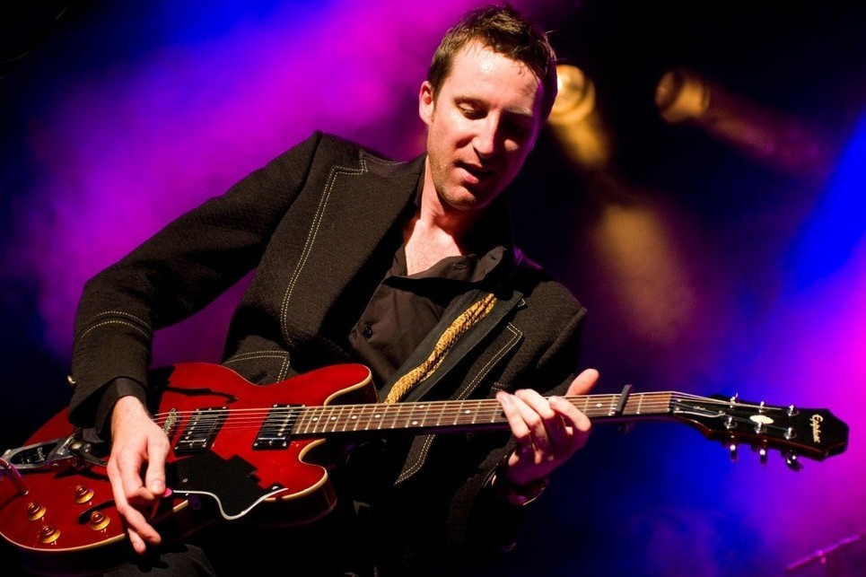 British Blues Invasion to Russia, Jon Amor. Pre-party – Шоу «Блюз на виниле» с Павлом Катковым