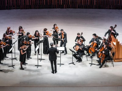 Le Poeme Harmonique, дирижёр - Венсан Дюместр