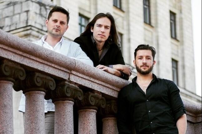 Electro-Acoustic Trio: Сазонов, Урюпин, Коняев