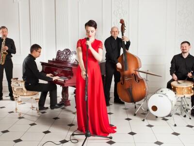 Saturday Night with Sasha Magerova & Jazzplay