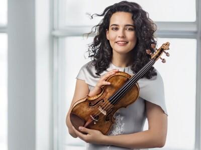 Российский национальный оркестр, дирижёр – М. Плетнёв, А. Баева (скрипка)