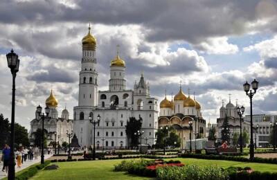 «Сердце Москвы - Кремль»   (территория Кремля с 1 собором)