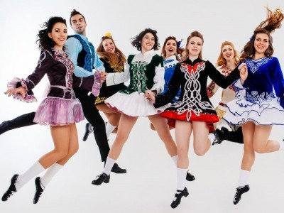 Танцевальное шоу «20лет всовременном ритме!»
