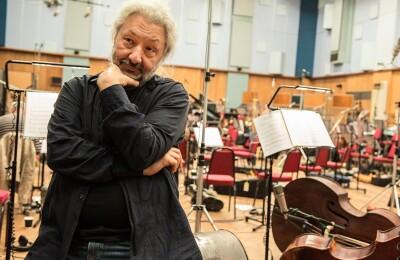 Оркестр «Новая Россия», С. Намин. Симфония Centuria S-Quark